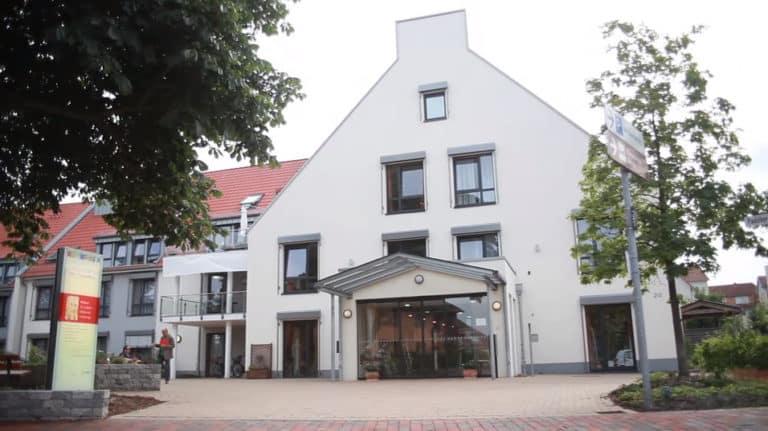 Clădire Reședință seniori MediClub Germania