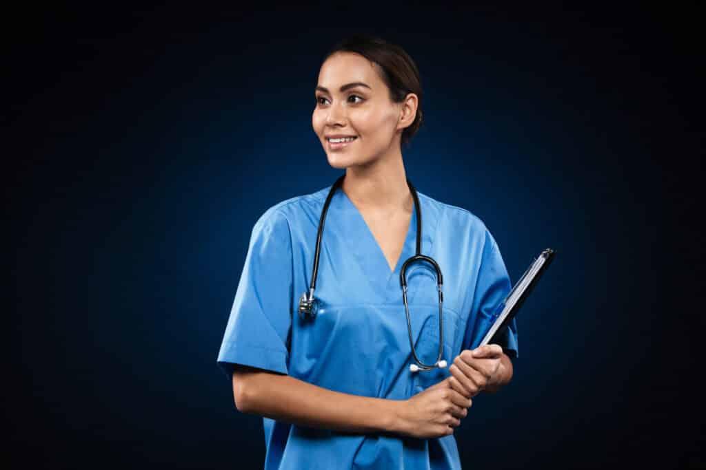 cariera-de-asistent-medical